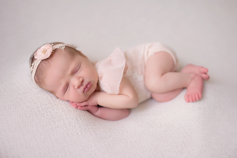 Omaha Newborn and Baby Photographer